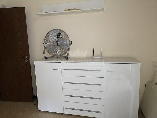 Дешевая двухкомнатная квартира в городе Несебр.
