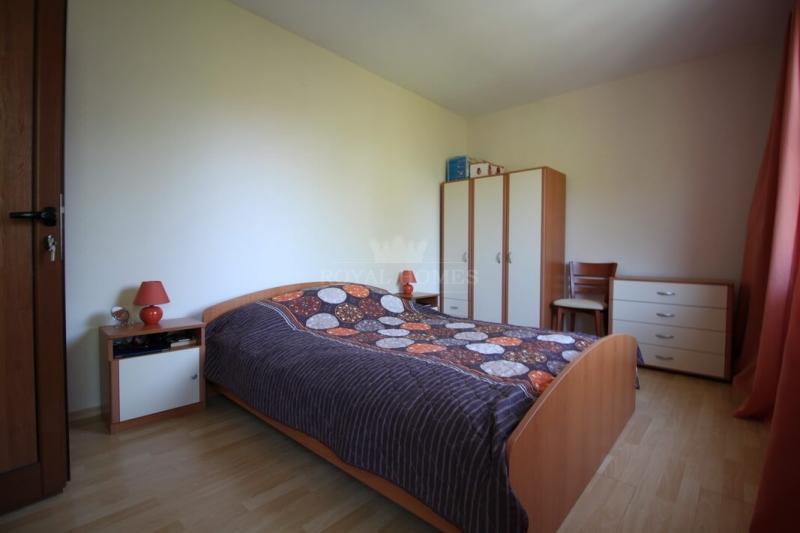 Двухкомнатная квартира на Солнечном берегу недорог
