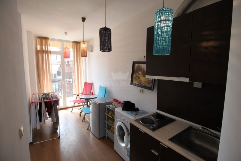 Купить двухкомнатную квартиру в Болгарии недорого.