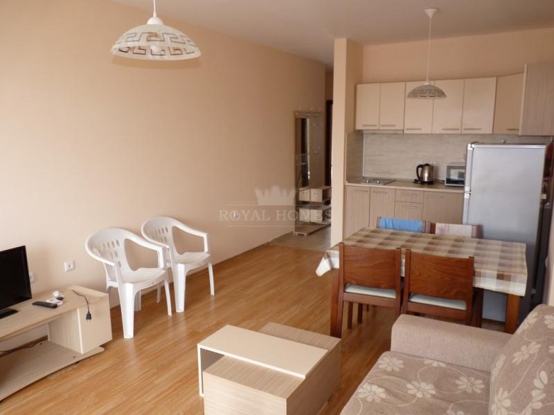 Срочная продажа трехкомнатной квартиры в городе Св