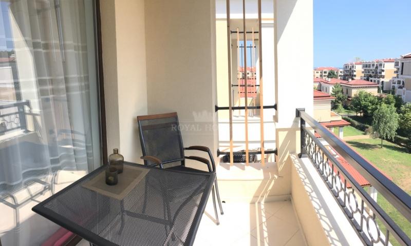 Квартира в Созополь с видом на море.