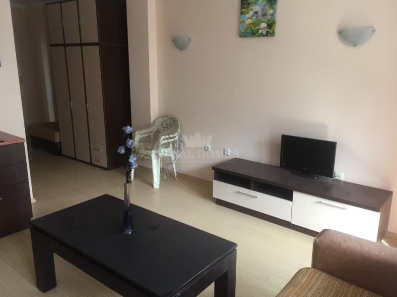 Купить студию в Болгарии недорого.