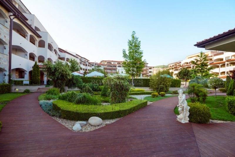 Купить квартиру в Святом Власе, комплекс Casa Real