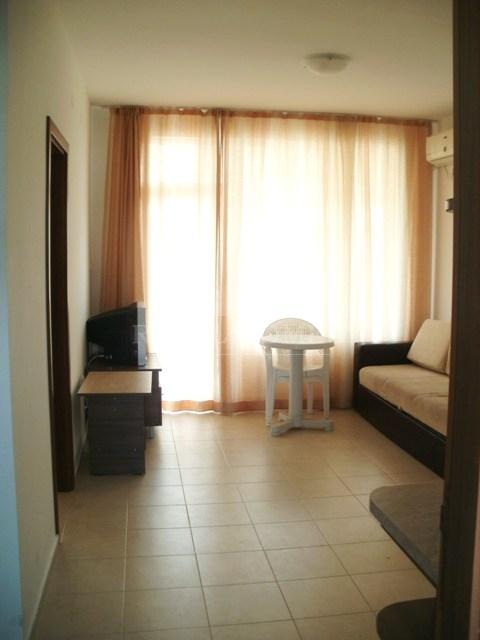 Купить трехкомнатную квартиру в Болгарии недорого