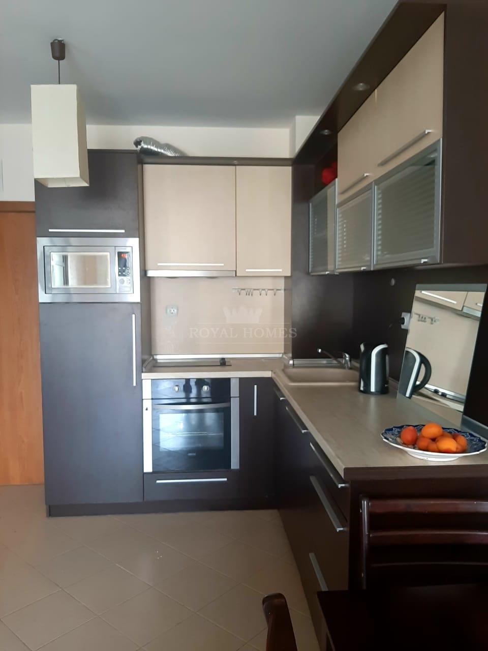 Небольшая двухкомнатная квартира на Солнечном Бере