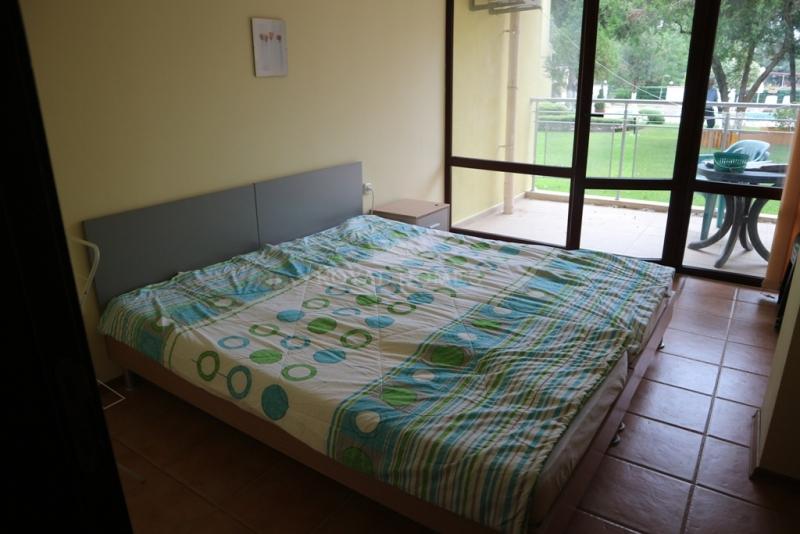 Квартира с тримя спальнями в Несебр у моря