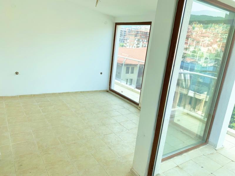 Вторичная недвижимость в Болгарии, комплекс Лазур