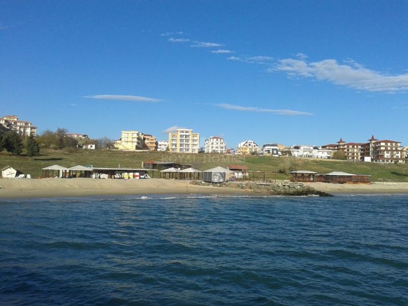 Недвижимость в Болгарии у моря на первой линии