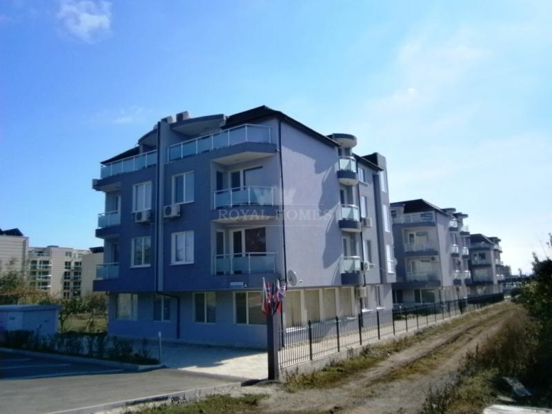 Купить квартиру в Болагрии вторичка и от застройщика