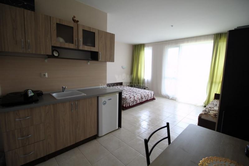 Вторичка в Болгарии дешево. Новая квартира с мебел