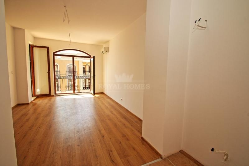 Купить недвижимость в Бяле Болгария Продажа