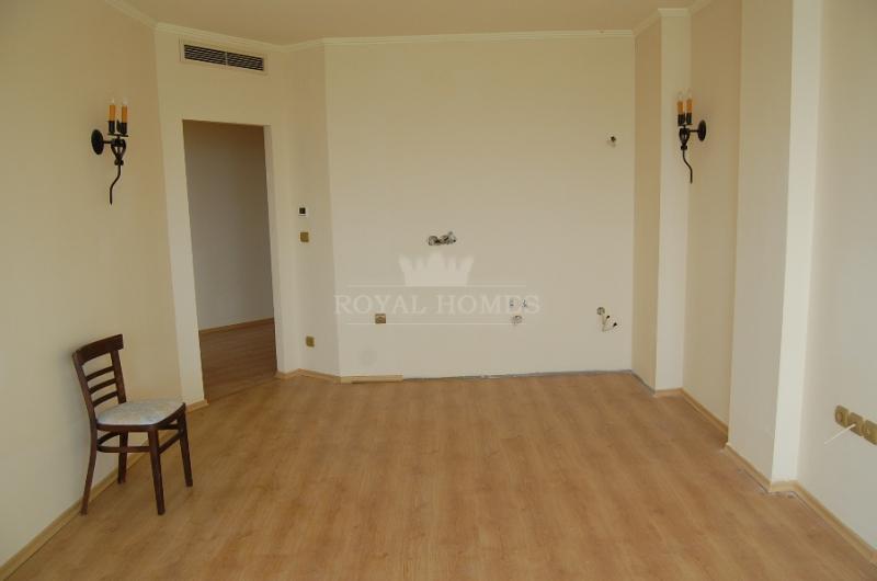 Элитная недвижимость в Болгарии в Елените.
