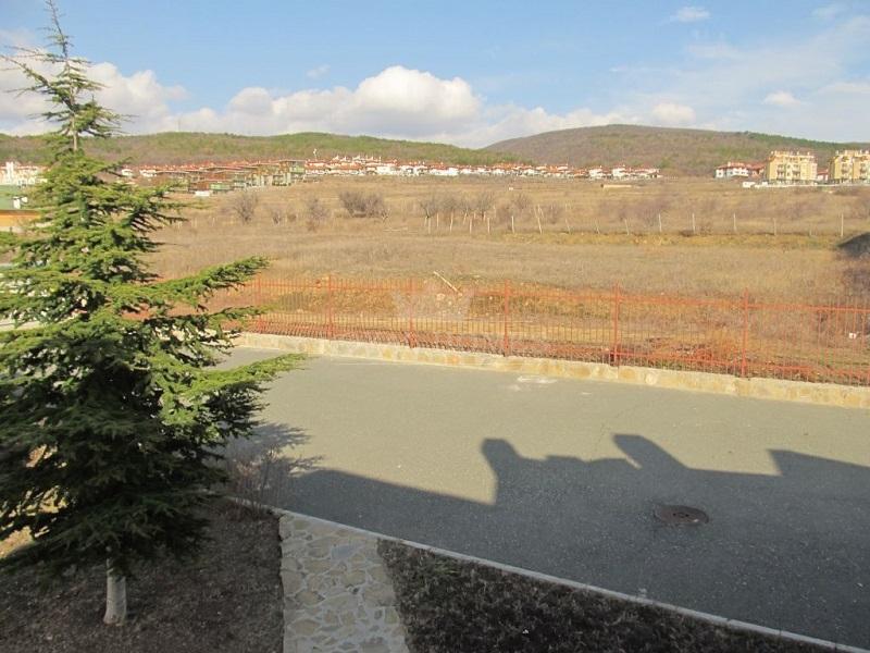 Дом в Болгарии на берегу моря в коттеджном поселке