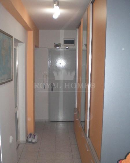 Трехкомнатная квартира в центральном районе Бургас