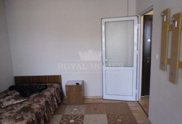 Дом за границей у моря за 300000 рублей